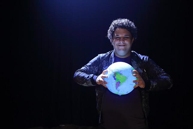 Maior que o Mundo - Teatro Cesgranrio