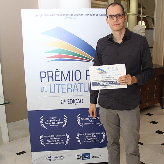 Prêmio Rio de literatura - 2ª Edição - Vencedores - Tiago Franco – Tão fútil e de tão mínima importância
