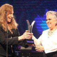 Guida Vianna 'rouba' a cena no prêmio Cesgranrio com discurso contundente
